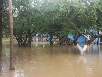 Por causa da cheia, área de camping do Balneário das Tunas está fechada