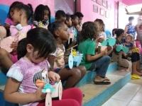 Alunos do MAJU levaram alegria às crianças do Bairro Cristo Rei