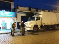 Ladrão furta dinheiro e cheques de caminhão no centro de São Sepé