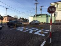 Cruzamento próximo ao hospital de São Sepé recebe sinalização de trânsito
