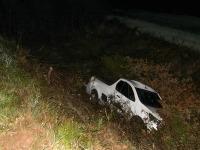 Motorista de São Sepé perde o controle de Montana e cai em barranco na BR 392