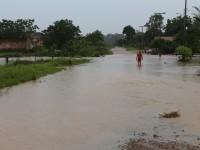 Bairro São Cristóvão está isolado por causa da cheia do Rio São Sepé