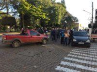 Acidente envolve três veículos no centro de São Sepé
