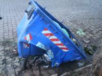 Vandalismo em lixeira no Centro de São Sepé causa prejuízo à prefeitura