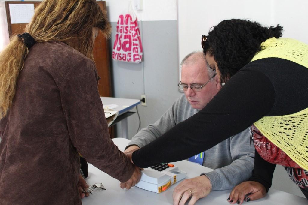 eleicoes-2016-sao-sepe-eleitores-urna-eletronica-voto-7