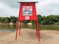 Praia das Tunas é sinalizada para receber os veranistas