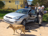 Acidente envolve dois veículos no Bairro Lôndero