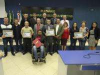 Sessão da Câmara de São Sepé teve entrega de homenagens