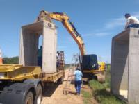 Trecho de estrada é interrompido para reparo de ponte em São Sepé
