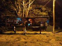 """Outdoor """"Pró-Bolsonaro"""" sofre vandalismo poucas horas após ser instalado em São Sepé"""