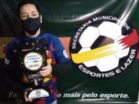 Jovens driblam a pandemia e organizam campeonato de futebol online