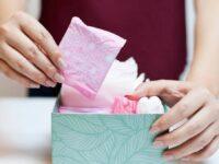 Presidente sanciona programa de proteção, mas veta veta distribuição gratuita de absorventes